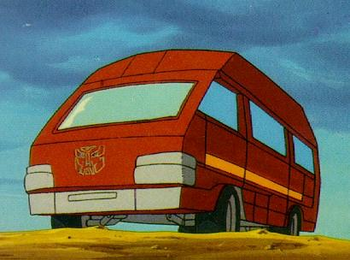 https://static.tvtropes.org/pmwiki/pub/images/g1_ironhide_vehicle_mode.png