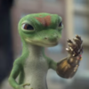https://static.tvtropes.org/pmwiki/pub/images/geico_gecko_infinity_gauntlet.png