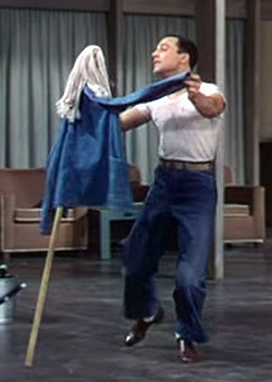 https://static.tvtropes.org/pmwiki/pub/images/gene_kelly_broom_2.jpg