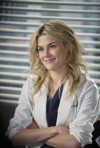 http://static.tvtropes.org/pmwiki/pub/images/greys_anatomy_lucy_fields.jpg