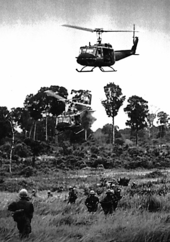 http://static.tvtropes.org/pmwiki/pub/images/helicopters_vietnam_2158.jpg