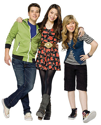 https://static.tvtropes.org/pmwiki/pub/images/icarly_reunion.jpg