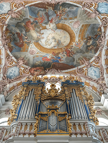 https://static.tvtropes.org/pmwiki/pub/images/innsbruck_cathedral_organ.png