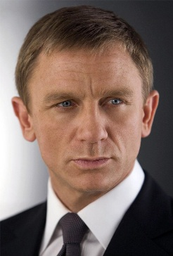 http://static.tvtropes.org/pmwiki/pub/images/james_bond_quantum_of_solace_movie_image_daniel_craig_920.jpg