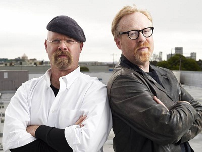 https://static.tvtropes.org/pmwiki/pub/images/jamie_hyneman_and_adam_savage.jpg