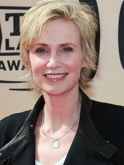 http://static.tvtropes.org/pmwiki/pub/images/jane_lynch_6656.jpg