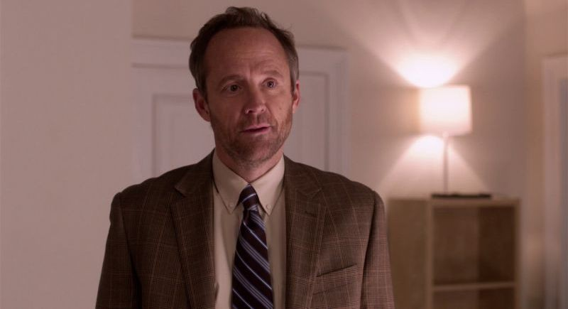 http://static.tvtropes.org/pmwiki/pub/images/john_benjamin_hickey_in_una_scena_di_pitch_perfect_269229.jpg