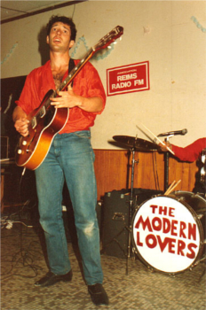 http://static.tvtropes.org/pmwiki/pub/images/jonathan_richman_and_the_modern_lovers_jonathanrichman5_1148.jpg