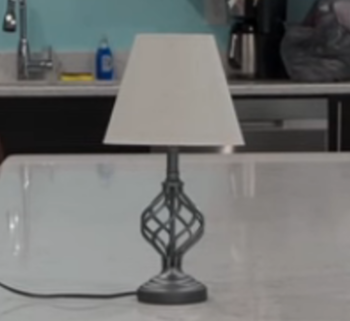 https://static.tvtropes.org/pmwiki/pub/images/lamp.png