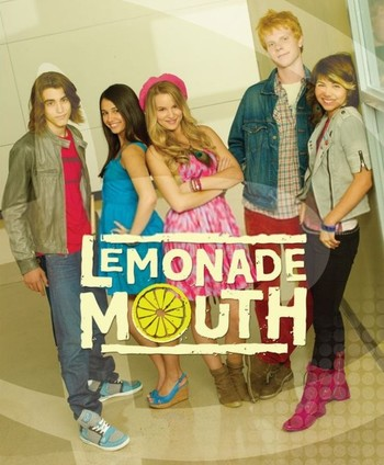 https://static.tvtropes.org/pmwiki/pub/images/lemonade_mouth.jpg