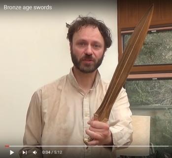 https://static.tvtropes.org/pmwiki/pub/images/lindybeige_sword.jpg
