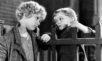 https://static.tvtropes.org/pmwiki/pub/images/little_orphan_annie_1932.jpg