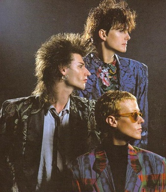 https://static.tvtropes.org/pmwiki/pub/images/love_and_rockets_band_3716.jpg