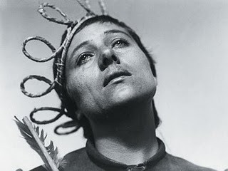 http://static.tvtropes.org/pmwiki/pub/images/maria_falconetti_the_passion_of_joan_of_arc_6_6255.jpg
