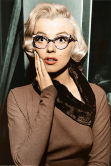http://static.tvtropes.org/pmwiki/pub/images/marilyn-monroe-glasses-colour.jpg