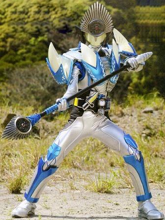 https://static.tvtropes.org/pmwiki/pub/images/masked_rider_kamuro_silver_arms.jpg