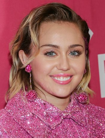 Image Pickin: Miley Cyrus - TV Tropes