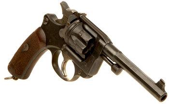 https://static.tvtropes.org/pmwiki/pub/images/mle_1892_revolver.jpg