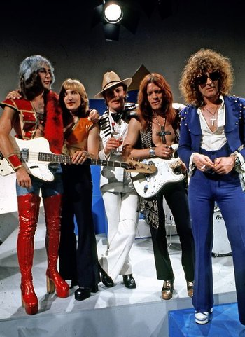 https://static.tvtropes.org/pmwiki/pub/images/mott_the_hoople.jpg