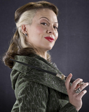 http://static.tvtropes.org/pmwiki/pub/images/narcissa_malfoy.png