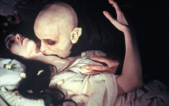 http://static.tvtropes.org/pmwiki/pub/images/nosferatu_the_vampyre.jpg