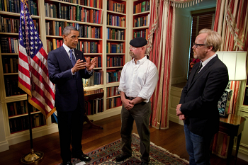 https://static.tvtropes.org/pmwiki/pub/images/obama_mythbusters.png