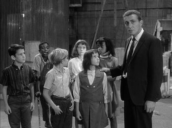 https://static.tvtropes.org/pmwiki/pub/images/outer_limits_the_inheritors_minns_and_kids.png