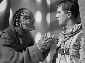 https://static.tvtropes.org/pmwiki/pub/images/outer_limits_the_man_who_was_never_born_1.jpg