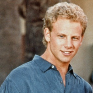 https://static.tvtropes.org/pmwiki/pub/images/p_beverly_hills_90210_ian_ziering.jpg
