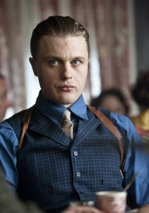 https://static.tvtropes.org/pmwiki/pub/images/pitt-as-jimmy-darmody_7416vwx2013_2725.jpg