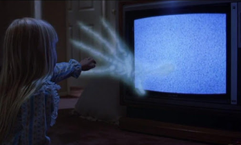 https://static.tvtropes.org/pmwiki/pub/images/poltergeist_hand.png