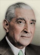 https://static.tvtropes.org/pmwiki/pub/images/portrait_por_antonio_salazar.png