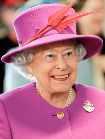 https://static.tvtropes.org/pmwiki/pub/images/queen_elizabeth_ii_in_march_2015.jpg