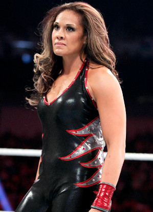 http://static.tvtropes.org/pmwiki/pub/images/raw_digitals_12_3_12_tamina_snuka_32945068_642_722.jpg