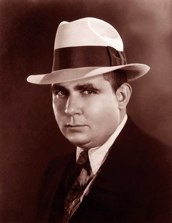 https://static.tvtropes.org/pmwiki/pub/images/robert_e_howard.jpg
