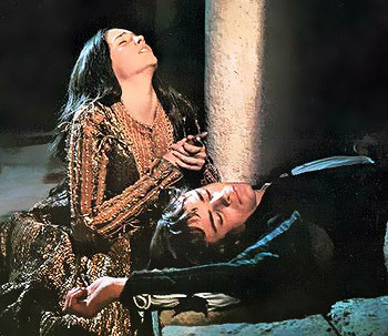 http://static.tvtropes.org/pmwiki/pub/images/romeo_and_juliet_death.jpg