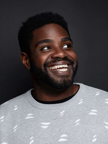 https://static.tvtropes.org/pmwiki/pub/images/ronfunches.jpg