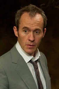 stephen dillane the tunnel
