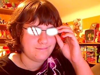 http://static.tvtropes.org/pmwiki/pub/images/scary_shiny_glasses_2_892.jpg