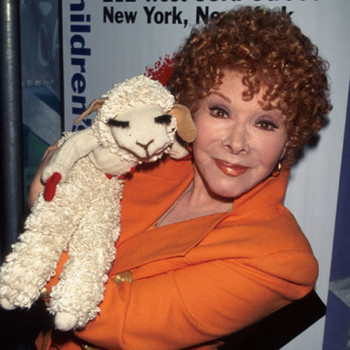 https://static.tvtropes.org/pmwiki/pub/images/shari_lewis_and_lamb_chop_at_the_childrens_museum.jpg