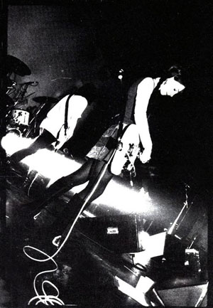 http://static.tvtropes.org/pmwiki/pub/images/shoegazing_mbv_8089.jpg
