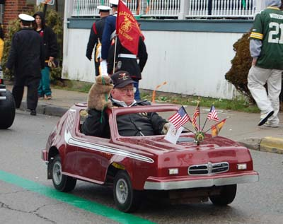 http://static.tvtropes.org/pmwiki/pub/images/shriner_car_sum_parade.jpg