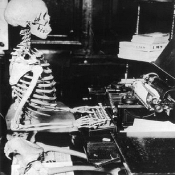 https://static.tvtropes.org/pmwiki/pub/images/skeleton_writing.png