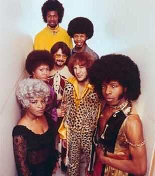 https://static.tvtropes.org/pmwiki/pub/images/sly_and_the_family_stone_1969_promo.jpg