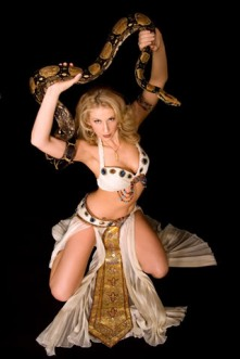 http://static.tvtropes.org/pmwiki/pub/images/snakedancer23_141.jpg