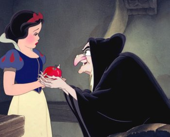 http://static.tvtropes.org/pmwiki/pub/images/snow_white_and_evil_queen_41.jpg
