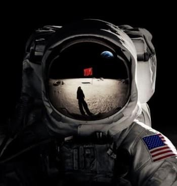 https://static.tvtropes.org/pmwiki/pub/images/soviet_moon.jpg