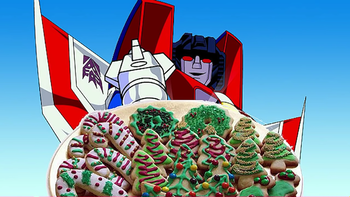 https://static.tvtropes.org/pmwiki/pub/images/starscream_cookies_more_than_meets_the_icing.png
