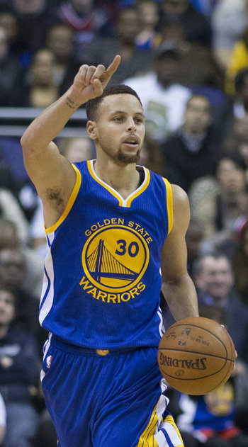 https://static.tvtropes.org/pmwiki/pub/images/stephen_curry_dribbling_2016_cropped.jpg