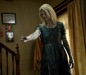 https://static.tvtropes.org/pmwiki/pub/images/supernatural_s9_ep07_timmys_ghost_mother.jpg